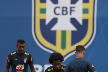 Paulinho Brazil Training And Press Conference