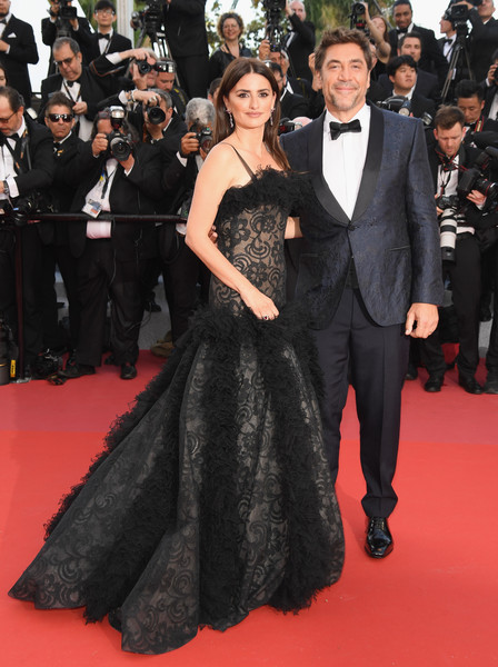 'Everybody Knows (Todos Lo Saben)' & Opening Gala Red Carpet Arrivals - The 71st Annual Cannes Film Festival [everybody knows,flooring,fashion model,gown,fashion,carpet,little black dress,dress,formal wear,red carpet,haute couture,javier bardem,penelope cruz,jewels,screening,cannes,red carpet arrivals,atelier swarovski fine jewelry,cannes film festival,palais des festivals]