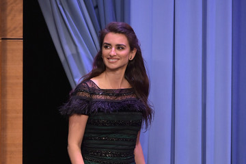 Penelope Cruz Penelope Cruz Visits 'The Tonight Show Starring Jimmy Fallon'