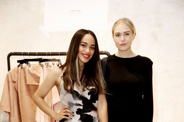 Penelope Mitchell Juliette Hogan SS16 Showcase