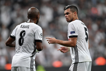 Pepe Besiktas v RB Leipzig - UEFA Champions League