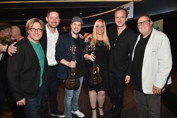 Pete Griffin Musicians On Call Honors Gavin DeGraw And Alissa Pollack For Their Support Of The Healing Power Of Music