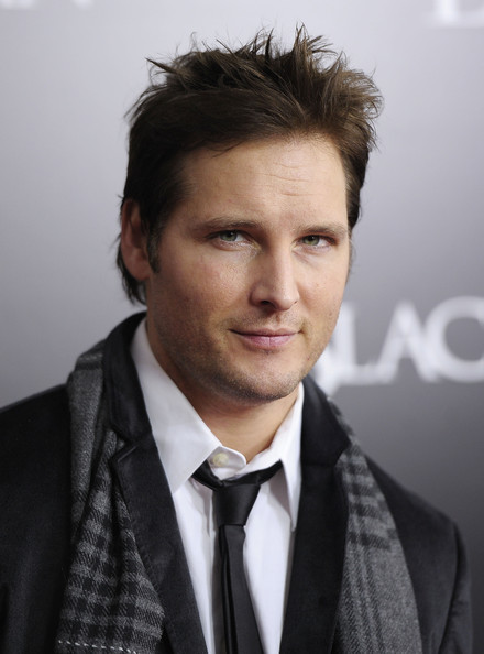 "Peter Facinelli Actor Peter Facinelli attends the New York Premiere of ""Black Swan"" at Ziegfeld Theatre on November 30, 2010 in New York City."