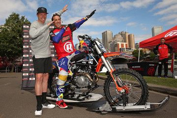 Peter Siddle xXxTreme Yarra River Ride With Robbie Maddison
