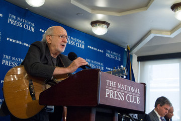 Peter Yarrow Study Reveals Parents and Teachers Overwhelmingly Support Music in Schools
