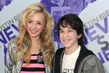 "Peyton List Zachary Gordon Premiere Of Paramount Pictures' ""Justin Bieber: Never Say Never"" - Arrivals"