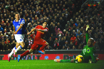 Phil Jagielka Liverpool v Everton