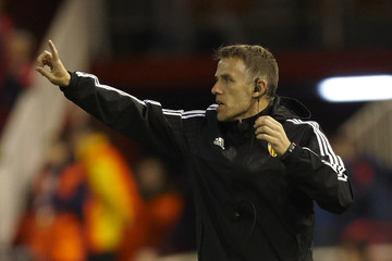 Phil Neville Valencia v Rapid Vienna - UEFA Europa League Round of 32: First Leg