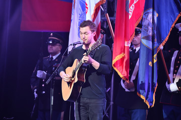 Phillip Phillips 10th Annual Stand Up for Heroes - Show