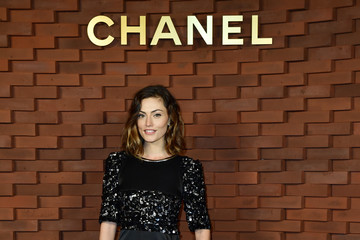 Phoebe Tonkin Chanel - Collection Metiers d'Art Paris Hamburg 2017/18 at The Elbphilharmonie