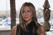 "Jennifer Aniston attends a photocall of Netflix's ""Murder Mystery"" at the Ritz Carlton Marina Del Rey on June 11, 2019 in Marina del Rey, California."