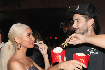 Pia Mia Drake Surprises Guests With McDonald's Late Night Bites At Poppy NightClub