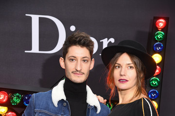 Pierre Niney Dior Homme: Photocall - Paris Fashion Week - Menswear F/W 2018-2019