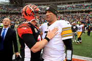 Andy Dalton #14 of the Cincinnati Bengals congratulates Ben Roethlisberger #7 of the Pittsburgh Steelers after being defeated 28-21 at Paul Brown Stadium on October 14, 2018 in Cincinnati, Ohio.