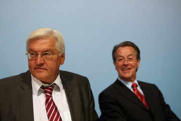 Frank-Walter Steinmeier Franz Muentefering Political Parties React To Federal Elections