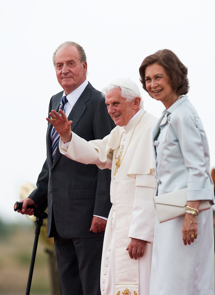 World Youth Day 2011 Celebrations Are Held In Madrid [pope,event,formal wear,gesture,suit,white-collar worker,smile,uniform,world youth day 2011 celebrations,end,visit,spain,madrid,benedict xvi,juan carlos,john paul ii,crowd,queen]