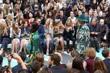 Poppy Delevingne Cara Delevingne Front Row at Burberry