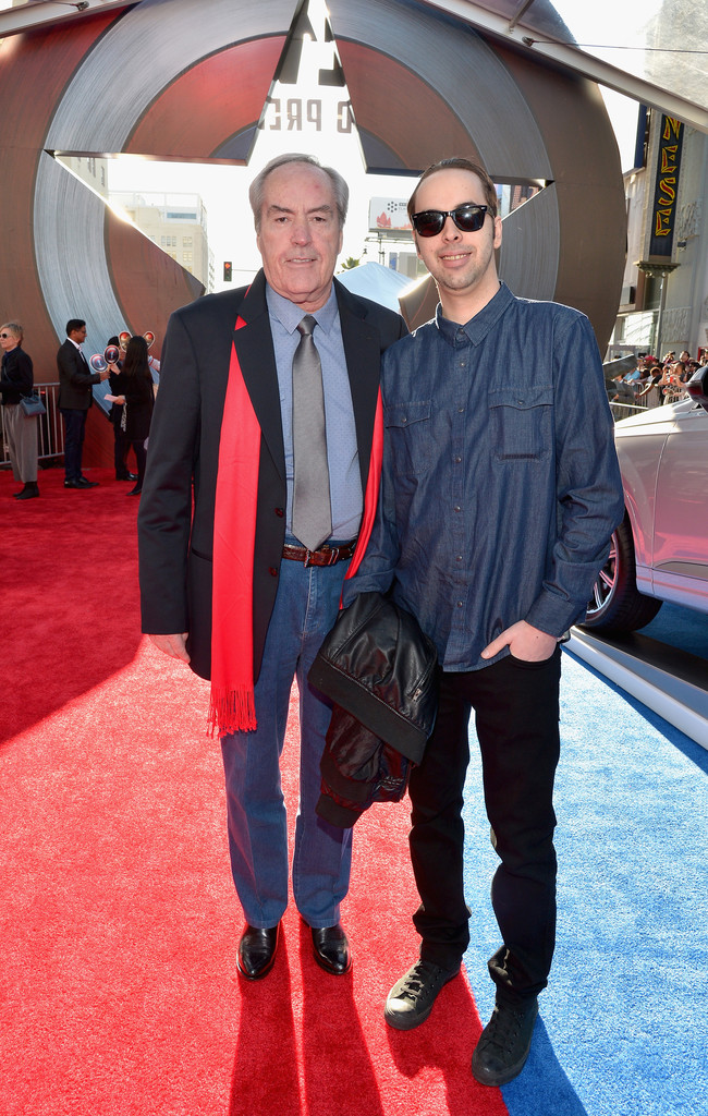 http://www3.pictures.zimbio.com/gi/Powers+Boothe+World+Premiere+Marvel+Captain+aviYZ56piQex.jpg