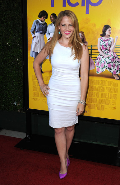 Actress Katie Leclerc attends the premiere Of DreamWorks Pictures' 'The Help' held at The Academy of Motion Picture Arts and Sciences, Samuel Goldwyn Theater on August 9, 2011 in Beverly Hills, California.
