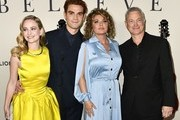 """(L-R) Britt Robertson, K.J. Apa, Shania Twain and Gary Sinise attend the premiere of Lionsgate's """"I Still Believe"""" at ArcLight Hollywood on March 07, 2020 in Hollywood, California."""