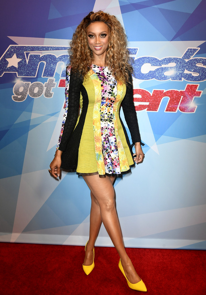 Tyra Banks Photos Photos - Premiere of NBC's 'America's