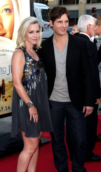 "Actress Jennie Garth (L) and actor Peter Facinelli  attend the ""Letters to Juliet"" film premiere at Grauman's  Chinese Theatre on May 11, 2010 in Hollywood, California."