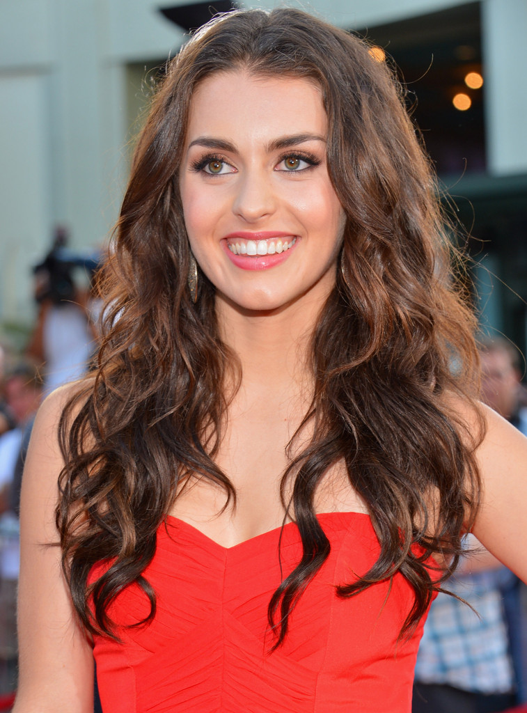 Kathryn Mccormick In Premiere Of Summit Entertainment S