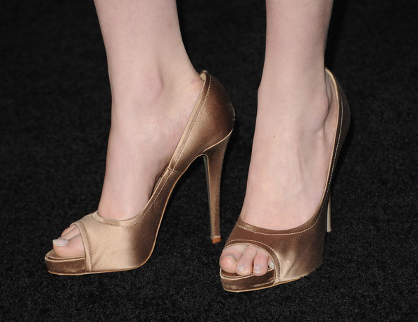 """Actress Jacqueline Emerson (shoe detail) arrives at the premiere of Summit Entertainment's """"The Twilight Saga: Breaking Dawn - Part 2"""" at Nokia Theatre L.A. Live on November 12, 2012 in Los Angeles, California."""