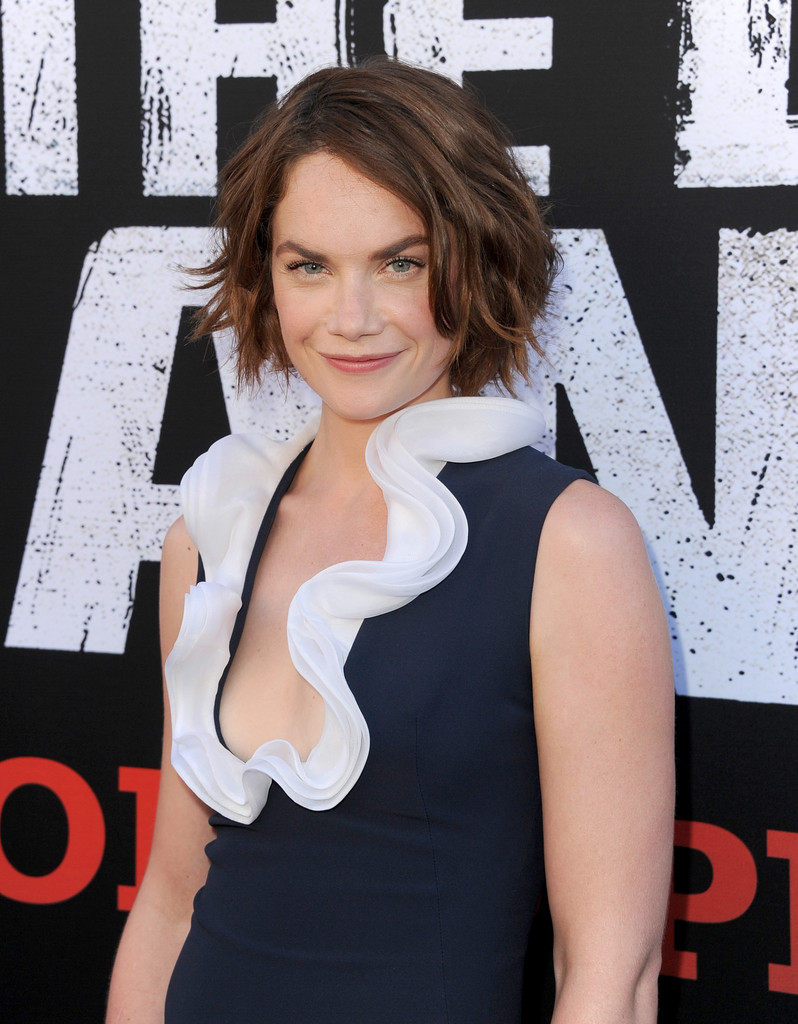 Ruth Wilson In Premiere Of Walt Disney Pictures Quot The Lone