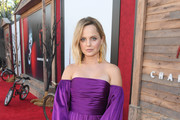 Mena Suvari attends the Premiere of Warner Bros. Pictures' 'It Chapter Two' at Regency Village Theatre on August 26, 2019 in Westwood, California.