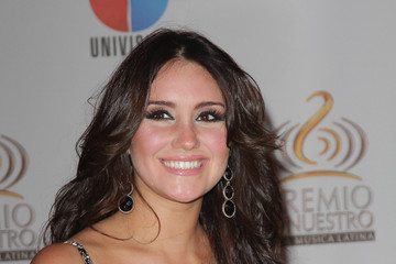 and Dulce Maria warm friendship in Acapulco Dulce Maria Zimbio