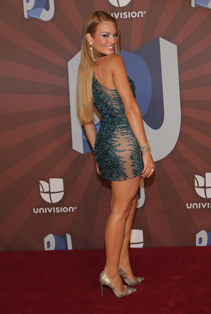 Zuleyka Rivera likewise 1153936 Sosig furthermore 1daXZC Z5Re further Chiquis marin also Princess House Specials. on bueno specials