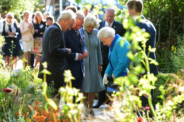 The Chelsea Flower Show [chelsea flower show,community,event,botany,ceremony,adaptation,plant,garden,flower,forest,charles,elizabeth ii,camilla duchess of cornwall,london,england,royal hospital chelsea,prince of wales]