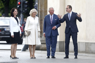 Prince Charles Michael Mueller The Prince Of Wales And Duchess Of Cornwall Visit Germany - Day 1 - Berlin