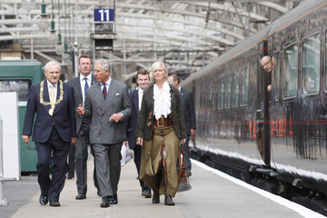 Bob Winter Prince Charles Of Wales Visits Glasgow