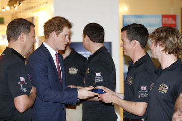 Prince Harry Prince Harry Meets Row2Recovery Team
