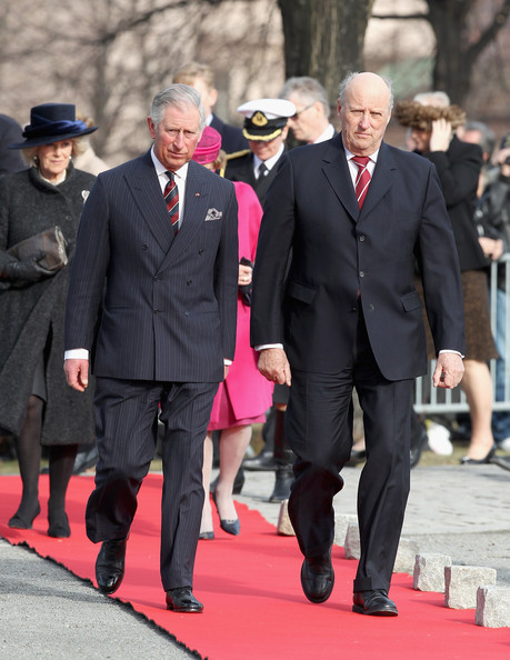 (L-R) Camilla, Duchess of Cornwall, Prince Charles, Prince of Wales, Queen Sonja of Norway (obscured) and King Harald of Norway arrive for a wreath laying ceremony at the National Monument at Akershus Fortress on March 20, 2012 in Oslo, Norway.  Prince Charles, Prince of Wales and Camilla, Duchess of Cornwall are on a Diamond Jubilee tour of Scandinavia that takes in Norway, Sweden and Denmark.