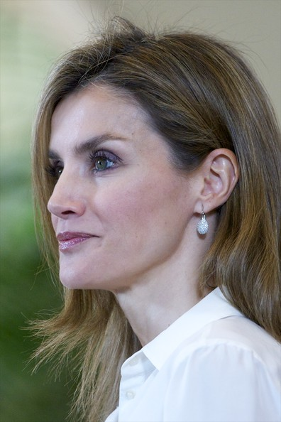 Princess Letizia of Spain receives organising  committee of the 'World Chapionships Artistic Roller Skating' (Campeonato Del Mundo De Patinaje Artistico Sobre Ruedas 2014) at Zarzuela Palace on April 9, 2014 in Madrid, Spain.