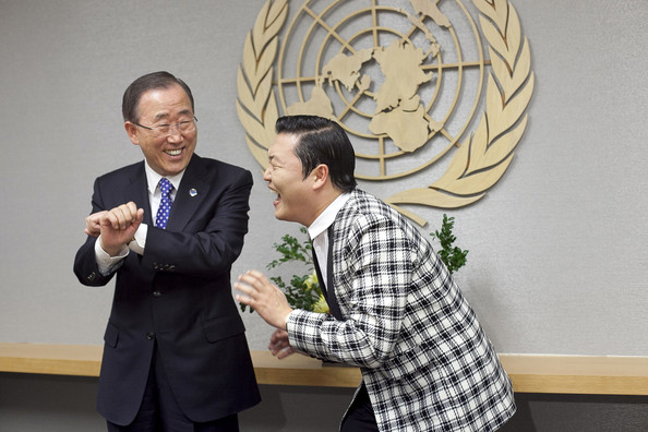South Korean singer Psy (R), whose real name is Park Jae-sang, visits UN Secretary General Ban Ki-moon at the United Nations on October 23, 2012 in New York City.