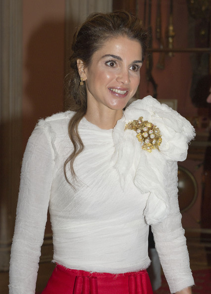 Queen Rania of Jordan arrives at a lunch for Sovereign Monarch's held in honour of Queen Elizabeth II's Diamond Jubilee, at Windsor Castle, on May 18, 2012 in Windsor, England.