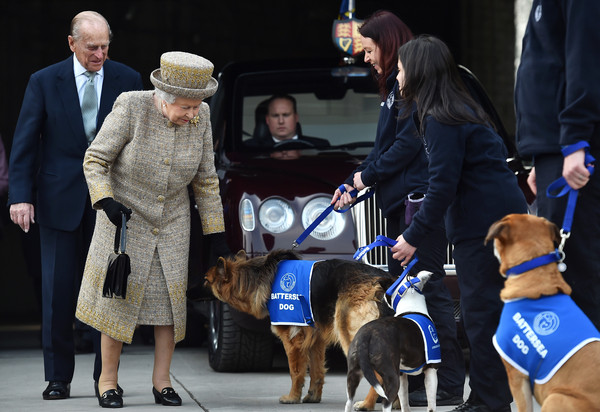 Queen Elizabeth II Visits Battersea Dogs and Cats Home