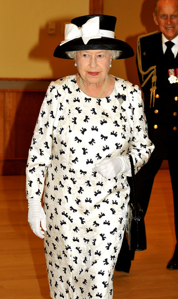 Queen Elizabeth II Clothes