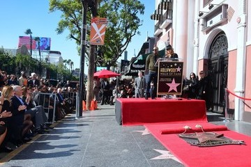 Queen Latifah Lee Daniels Honored With Star On The Hollywood Walk Of Fame
