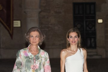 Queen Sofia Spanish Royals Attend Official Dinner