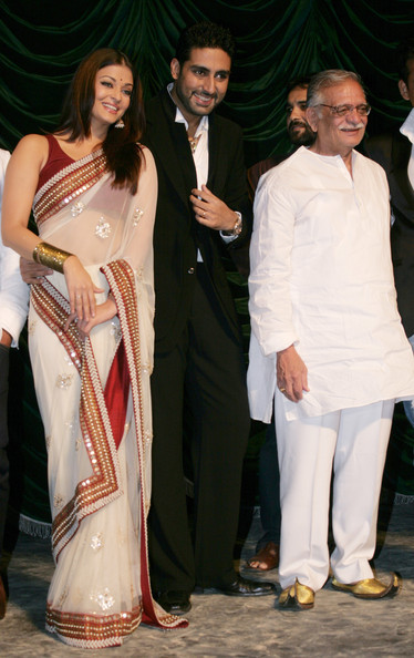 Aishwarya Rai Bachchan - Page 5 Raavan+Bollywood+Movie+Launch+Xca_BdMblpyl