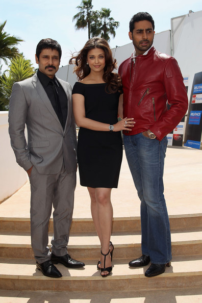 "(L-R) Actor 'Chiyaan' Vikram, Actress Aishwarya Rai Bachchan, Abhishek Bachchan attend the ""Raavan"" Photocall at the Salon Diane at The Majestic during the 63rd Annual Cannes Film Festival on May 17, 2010 in Cannes, France."