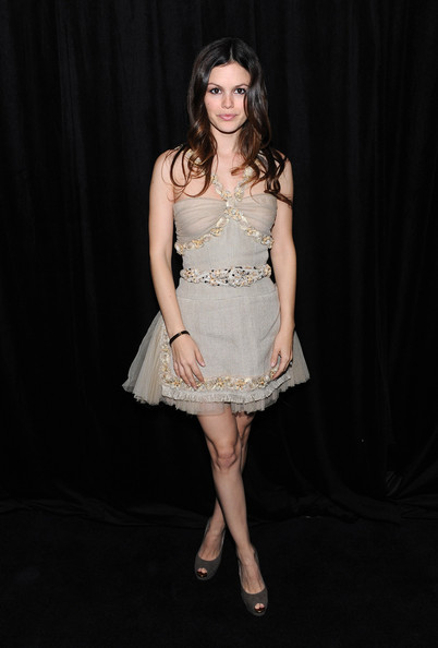 DIC/InStyle's 9th Annual Awards Season Diamond Fashion Show Preview [fashion model,beauty,model,cocktail dress,human hair color,lady,girl,dress,leg,photo shoot,rachel bilson,beverly hills hotel,california,instyle,dic,9th annual awards season diamond fashion show preview]