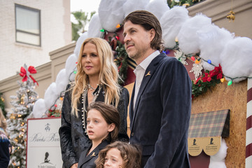 Rachel Zoe Rodger Berman Brooks Brothers Hosts Annual Holiday Celebration In Los Angeles To Benefit St. Jude - Red Carpet