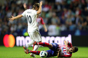 Luka Modric of Real Madrid and Koke of Atletico Madrid in action during the UEFA Super Cup between Real Madrid and Atletico Madrid at Lillekula Stadium on August 15, 2018 in Tallinn, Estonia.