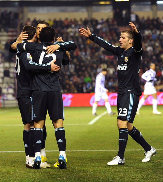 ... Rafael Van Der Vaart Photos » · Start Over. Real Valladolid v Real  Madrid - La Liga 2dbfc0a2da211